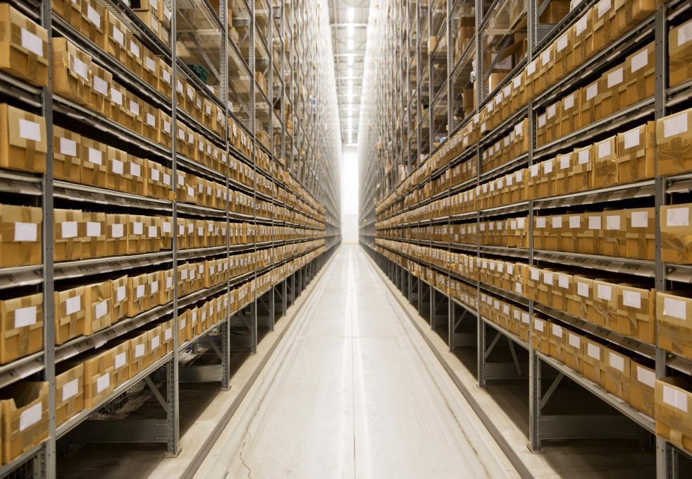 4 Industrial Equipment You Need In Your Warehouse