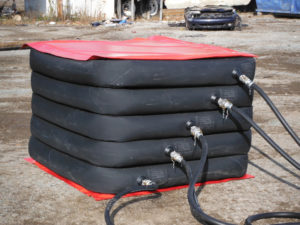 Custom air cushion by Matjack for heavy lifting